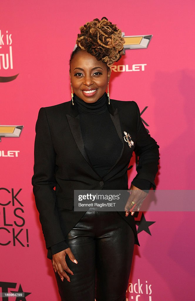 Singer Ledisi attends BET Black Girls Rock Red Carpet at New Jersey Performing Arts Center on October 26, 2013 in Newark, New Jersey.