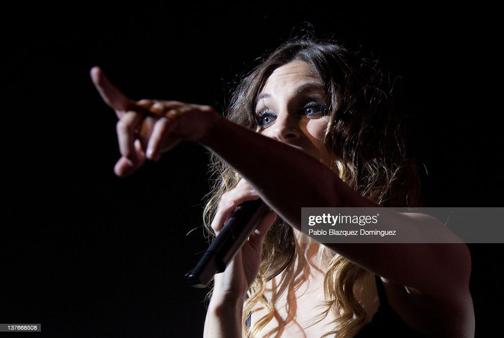 Singer Leire Martinez of La Oreja de Van Gogh band performs in concert at Arteria Coliseum Theatre on January 24, 2012 in Madrid, Spain.