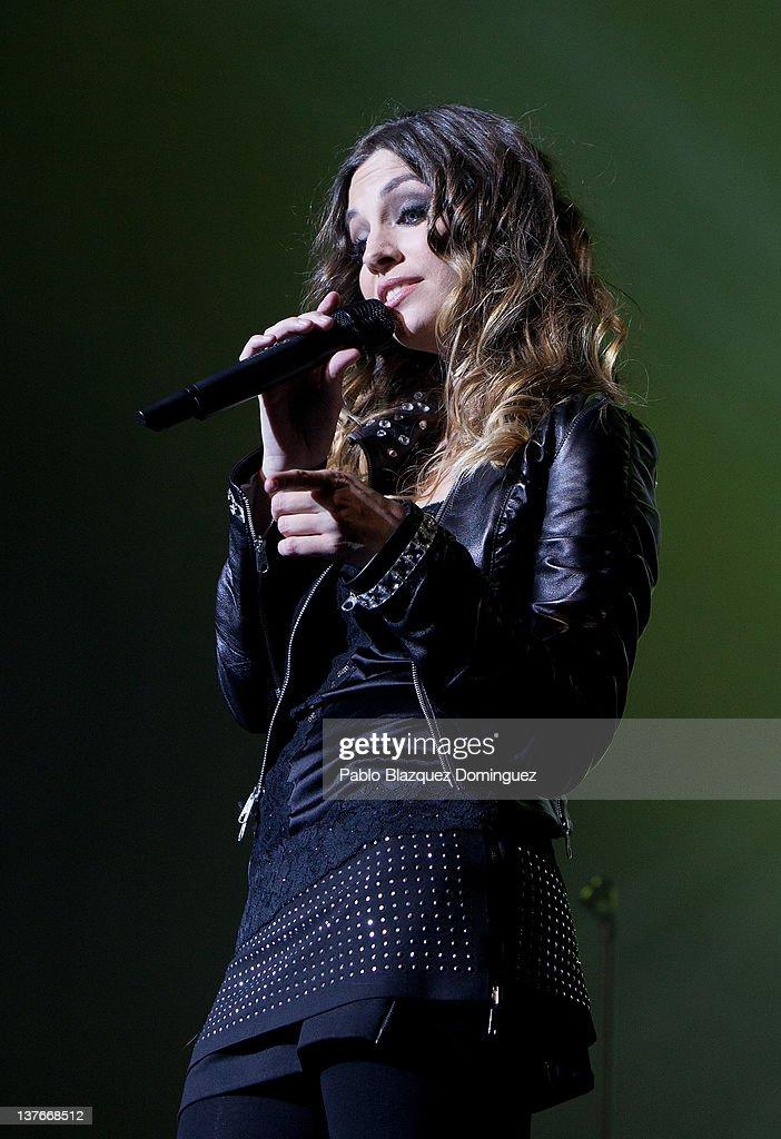 Singer Leire Martinez of La Oreja de Van Gogh band performs in concert at Arteria Coliseum Theatre on January 24, 2012 in Madrid, Spain.