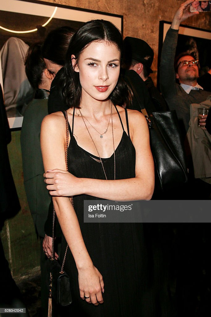 Singer <a gi-track='captionPersonalityLinkClicked' href=/galleries/search?phrase=Lena+Meyer-Landrut+-+German+Singer&family=editorial&specificpeople=6837968 ng-click='$event.stopPropagation()'>Lena Meyer-Landrut</a> attends the photo art exhibition and book launch of BILLY at Seven Star Gallery on May 4, 2016 in Berlin, Germany.