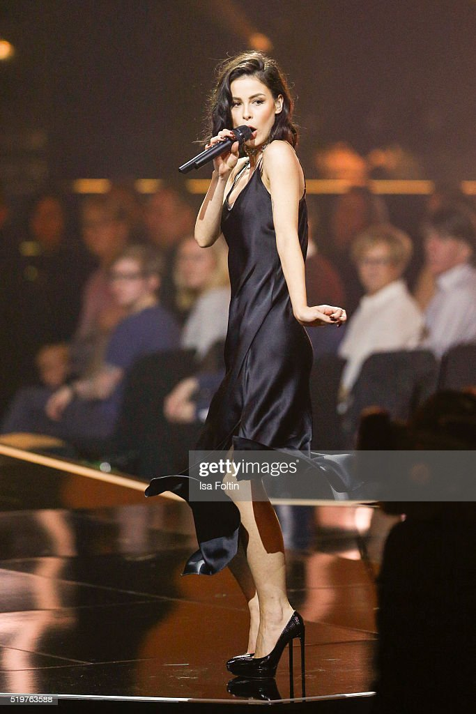 Singer <a gi-track='captionPersonalityLinkClicked' href=/galleries/search?phrase=Lena+Meyer-Landrut+-+German+Singer&family=editorial&specificpeople=6837968 ng-click='$event.stopPropagation()'>Lena Meyer-Landrut</a> performs at the Echo Award 2016 show on April 07, 2016 in Berlin, Germany.