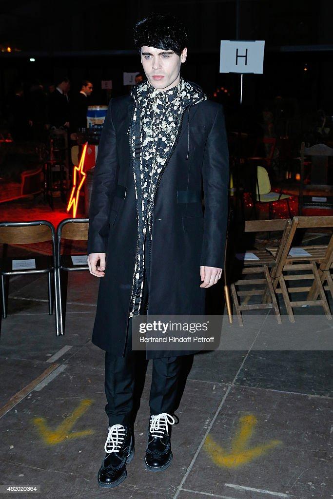 Givenchy : Front Row - Paris Fashion Week - Menswear F/W 2015-2016