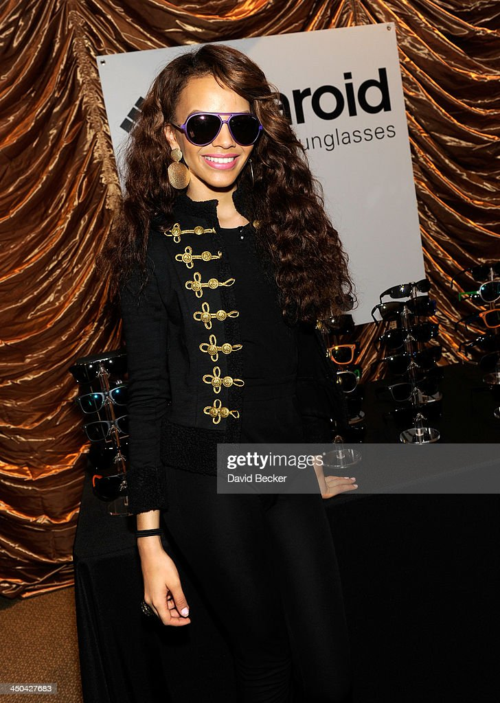 Singer <a gi-track='captionPersonalityLinkClicked' href=/galleries/search?phrase=Leslie+Grace&family=editorial&specificpeople=9567772 ng-click='$event.stopPropagation()'>Leslie Grace</a> attends a gift lounge during the 14th annual Latin GRAMMY Awards at the Mandalay Bay Events Center on November 18, 2013 in Las Vegas, Nevada.