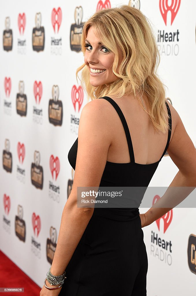Singer <a gi-track='captionPersonalityLinkClicked' href=/galleries/search?phrase=Lindsay+Ell&family=editorial&specificpeople=11607996 ng-click='$event.stopPropagation()'>Lindsay Ell</a> attends the 2016 iHeartCountry Festival at The Frank Erwin Center on April 30, 2016 in Austin, Texas.