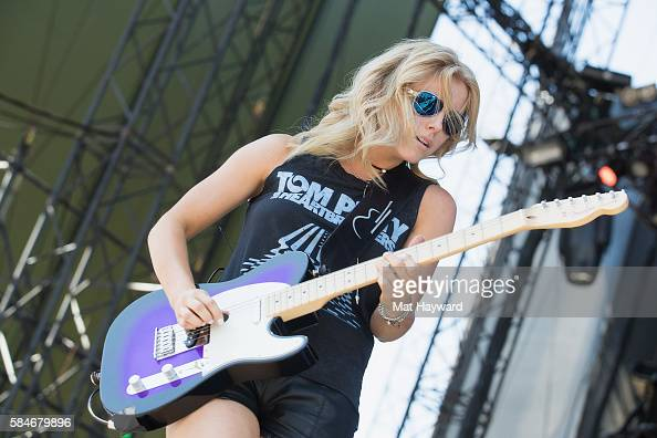 Singer lindsay ell performs on stage during the watershed music