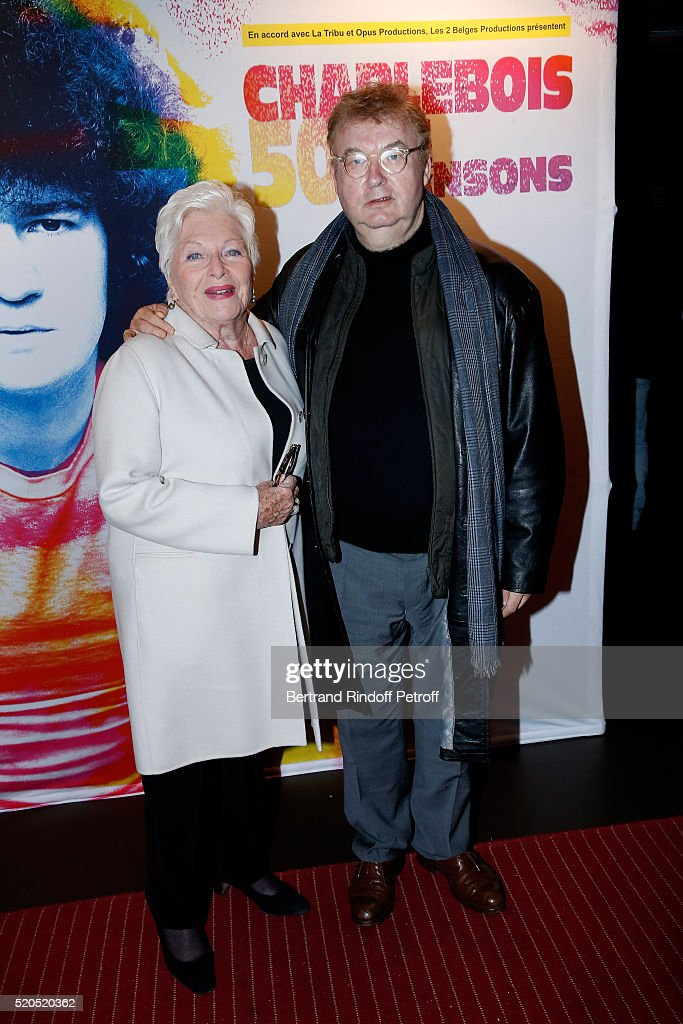 Singer Line Renaud and Dominique Besnehard attend the Robert Charlebois '50 ans 50 chansons' Concert at Bobino on April 11 2016 in Paris France