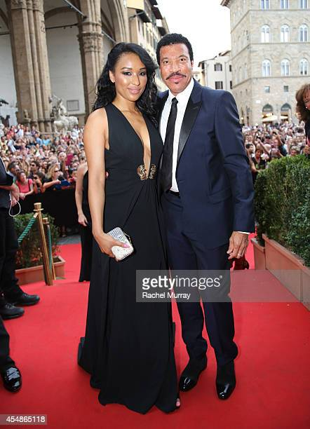 FLORENCE ITALY SEPTEMBER 07 Singer Lionel Richie and Lisa Parigi attend the Celebrity Fight Night gala celebrating Celebrity Fight Night In Italy...