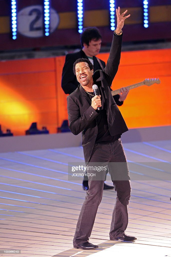 US singer Lionel Richie performs during