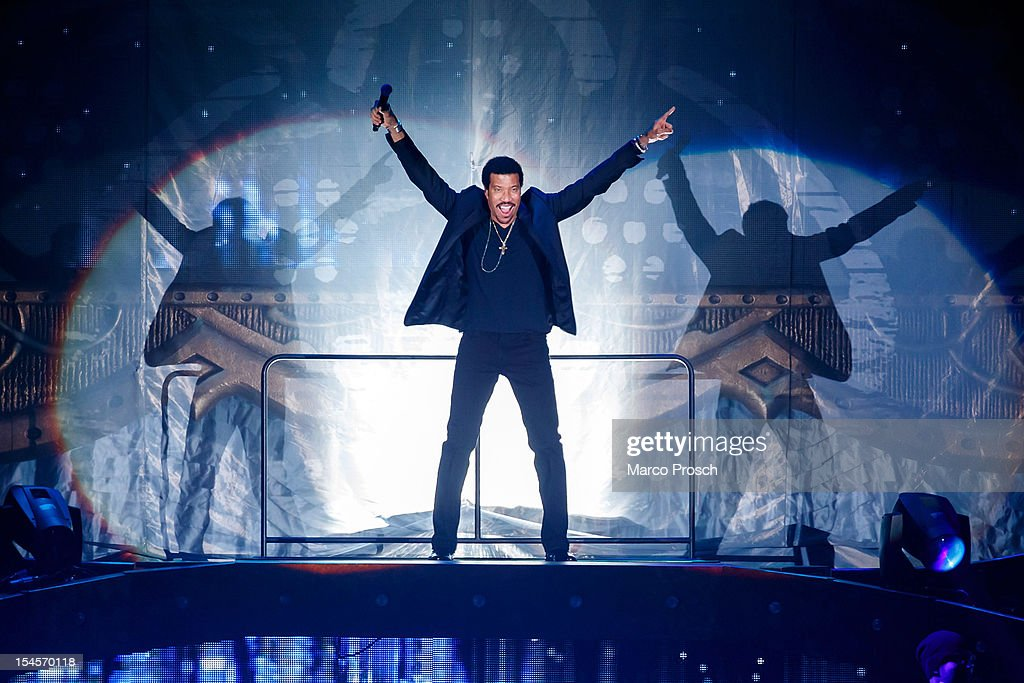 US singer Lionel Richie performs live at the Arena on October 22, 2012 in Leipzig, Germany.