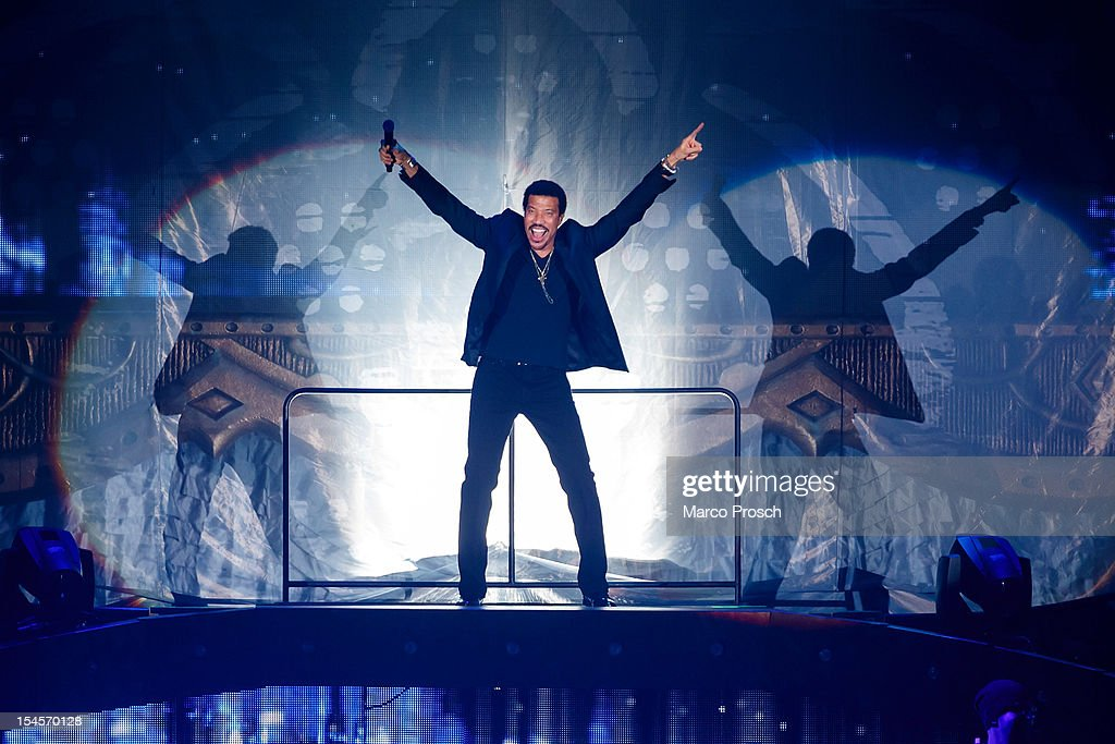 US singer <a gi-track='captionPersonalityLinkClicked' href=/galleries/search?phrase=Lionel+Richie&family=editorial&specificpeople=204139 ng-click='$event.stopPropagation()'>Lionel Richie</a> performs live at the Arena on October 22, 2012 in Leipzig, Germany.