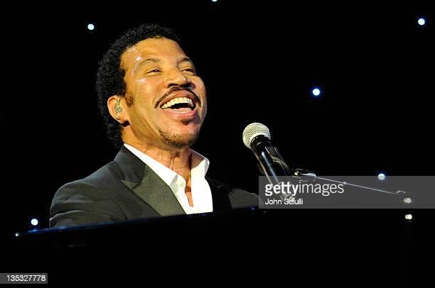 Singer Lionel Richie performs onstage during the 2011 UNICEF Ball presented by Baccarat held at the Beverly Wilshire Hotel on December 8 2011 in Los...