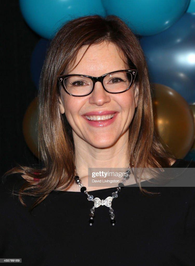 Christina Loeb