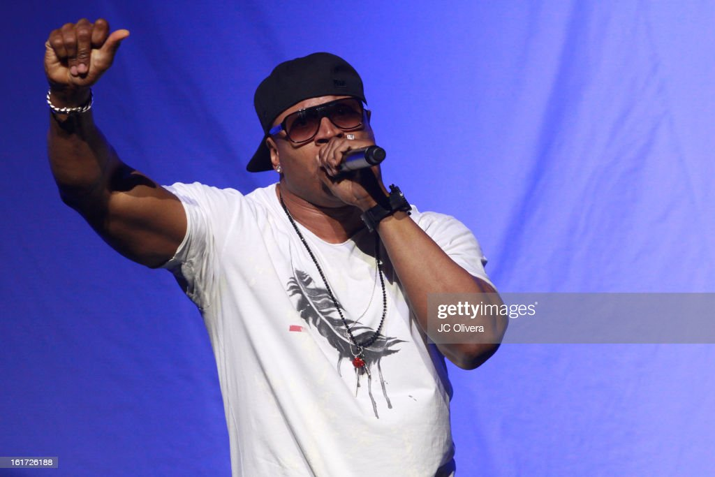 Singer <a gi-track='captionPersonalityLinkClicked' href=/galleries/search?phrase=LL+Cool+J&family=editorial&specificpeople=201567 ng-click='$event.stopPropagation()'>LL Cool J</a> performs on stage during Power 106's Valentine's Day Concert at Nokia Theatre L.A. Live on February 14, 2013 in Los Angeles, California.