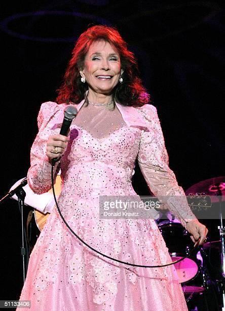 Singer Loretta Lynn performs at Adrian Phillips Ballroom July 31 2004 in Atlantic City New Jersey