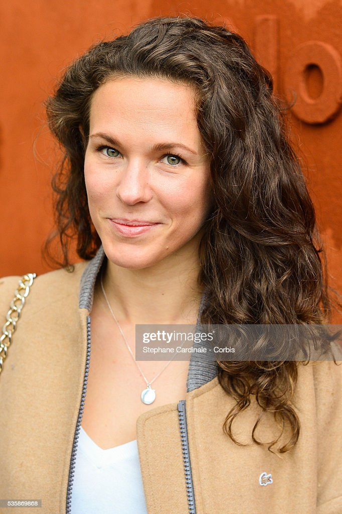 Singer Lorie Pester attends day nine of the 2016 French Open at Roland Garros on May 30, 2016 in Paris, France.