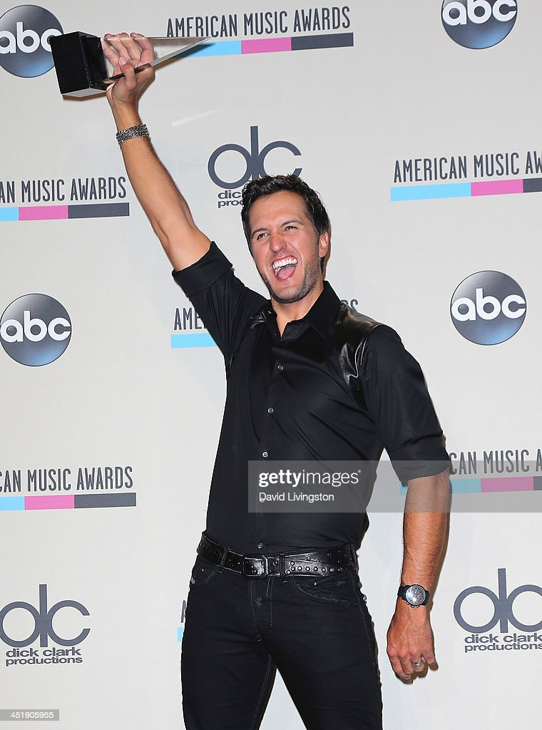 Singer <a gi-track='captionPersonalityLinkClicked' href=/galleries/search?phrase=Luke+Bryan&family=editorial&specificpeople=4001956 ng-click='$event.stopPropagation()'>Luke Bryan</a> attends the press room at the 2013 American Music Awards at Nokia Theatre L.A. Live on November 24, 2013 in Los Angeles, California.