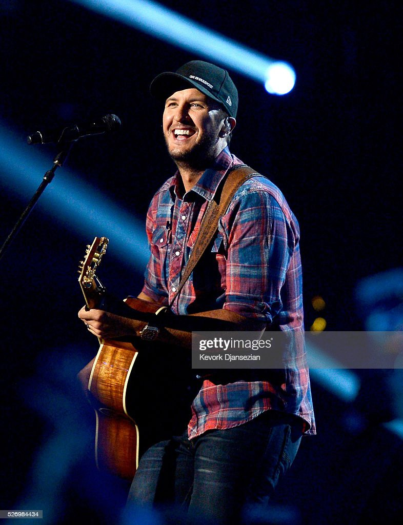 Singer Luke Bryan performs onstage during the 2016 American Country Countdown Awards at The Forum on May 1, 2016 in Inglewood, California.