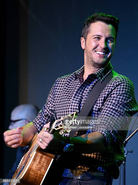Singer Luke Bryan performs onstage during the 53rd annual ASCAP Country Music awards at the Omni Hotel on November 2 2015 in Nashville Tennessee