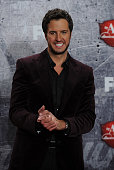 Singer Luke Bryan poses in the press room after winning multiple awards during the 2012 American Country Awards at the Mandalay Bay Events Center on...