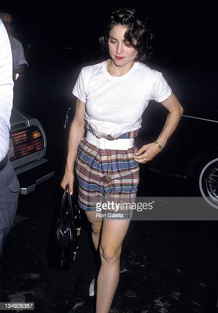Singer Madonna arrives for her performance in the Broadway play 'SpeedthePlow' on June 16 1988 at the Royale Theatre in New York City