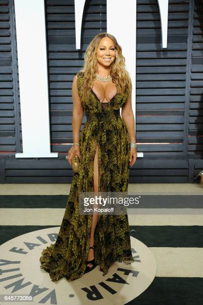 Singer Mariah Carey attends the 2017 Vanity Fair Oscar Party hosted by Graydon Carter at Wallis Annenberg Center for the Performing Arts on February...