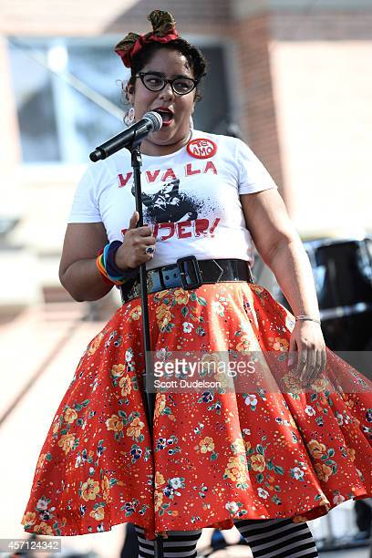 La Santa Cecilia Stock Photos And Pictures Getty Images