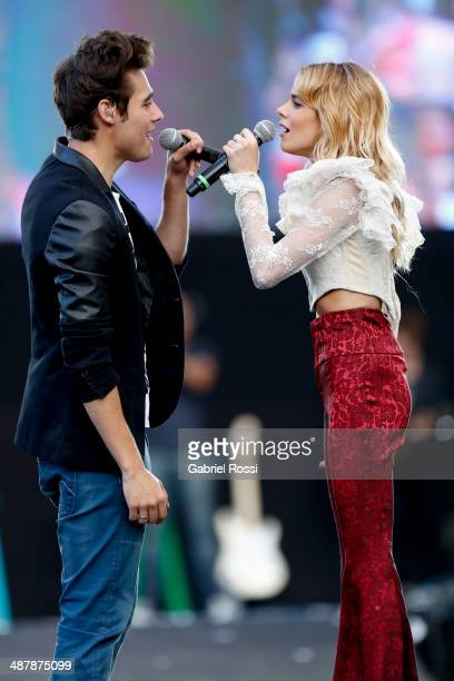 Singer Martina Stoessel leading actress of 'Violetta' performs with singer Jorge Blanco during a free show at Monumento de los Espa–ñoles on May 02...