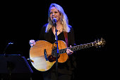 Mary Chapin And Shawn Colvin Perform At Thousand Oaks...