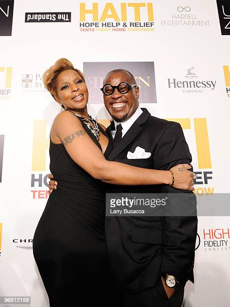 Singer Mary J Blige and Andre Harrell attend Hope Help Relief Haiti 'A Night Of Humanity' at Urban Zen on February 8 2010 in New York City