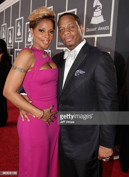 Singer Mary J Blige and husband Kendu Isaacs arrive at the 52nd Annual GRAMMY Awards held at Staples Center on January 31 2010 in Los Angeles...