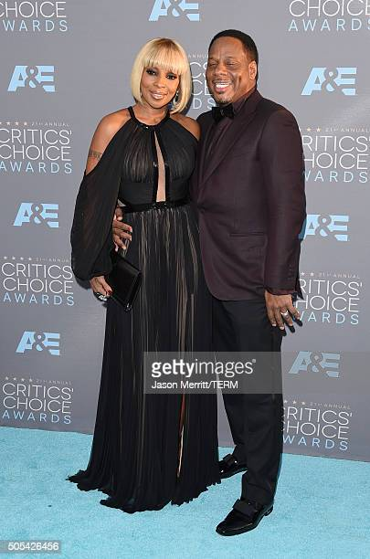 Singer Mary J Blige and Kendu Isaacs attend the 21st Annual Critics' Choice Awards at Barker Hangar on January 17 2016 in Santa Monica California