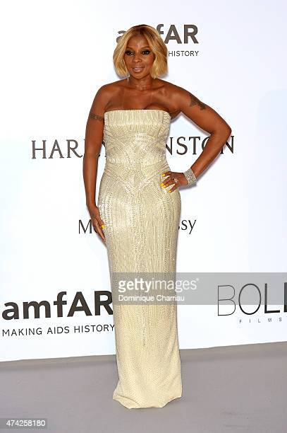 Singer Mary J Blige attends amfAR's 22nd Cinema Against AIDS Gala Presented By Bold Films And Harry Winston at Hotel du CapEdenRoc on May 21 2015 in...