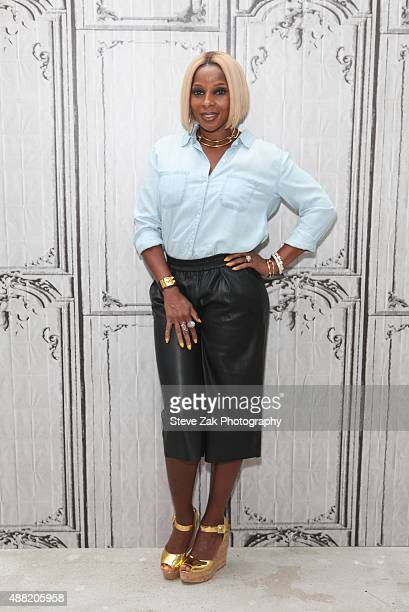 Singer Mary J Blige attends AOL BUILD Speaker Series at AOL Studios In New York on September 14 2015 in New York City