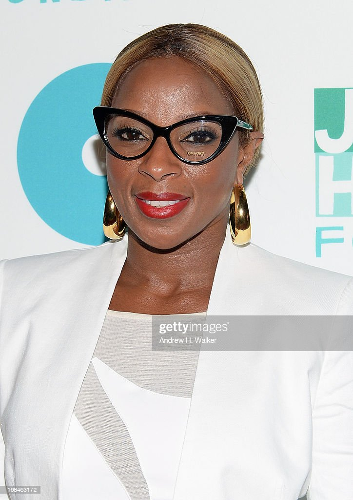 Singer Mary J. Blige attends the 2013 Joyful Heart Foundation Gala at Cipriani 42nd Street on May 9, 2013 in New York City.