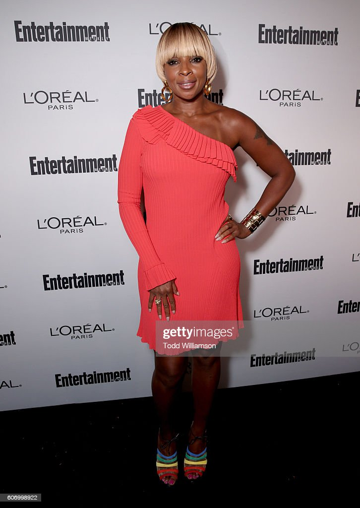 singer-mary-j-blige-attends-the-2016-entertainment-weekly-preemmy-at-picture-id606998922