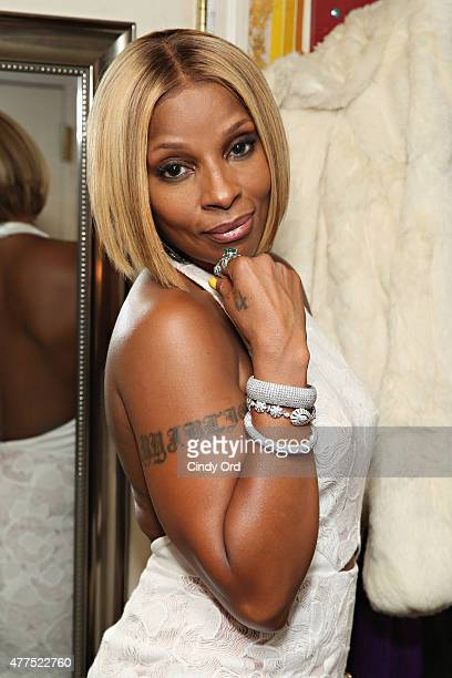 Singer Mary J Blige attends the Casa Reale Fine Jewelry Launch at The Box on June 17 2015 in New York City