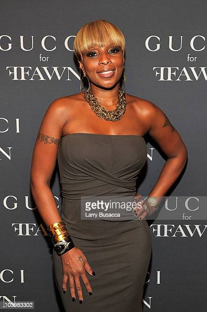 Singer Mary J Blige attends the Gucci celebration of Fashion's Night Out at Gucci Fifth Avenue on September 10 2010 in New York City