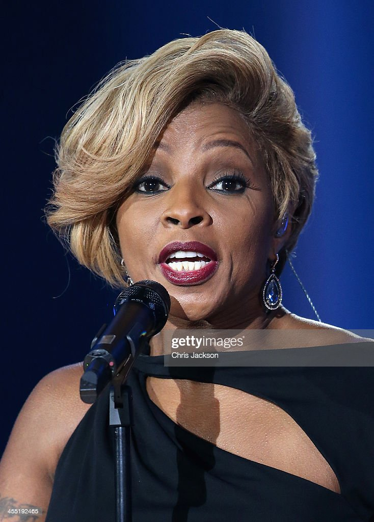 Singer <a gi-track='captionPersonalityLinkClicked' href=/galleries/search?phrase=Mary+J.+Blige&family=editorial&specificpeople=171124 ng-click='$event.stopPropagation()'>Mary J. Blige</a> performs on stage during the 20th annual Nobel Peace Prize Concert on Wednesday, December 11th at the Oslo Spektrum arena in Oslo, Norway.