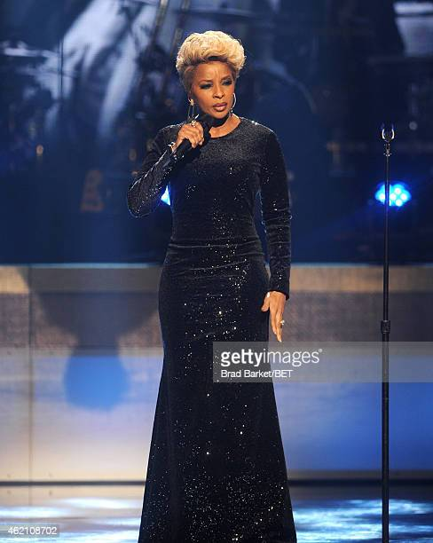 Singer Mary J Blige performs onstage during 'The BET Honors' 2015 at Warner Theatre on January 24 2015 in Washington DC