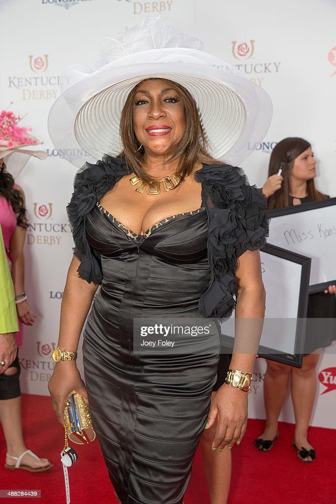 Singer <a gi-track='captionPersonalityLinkClicked' href=/galleries/search?phrase=Mary+Wilson&family=editorial&specificpeople=217769 ng-click='$event.stopPropagation()'>Mary Wilson</a> attends the 140th Kentucky Derby at Churchill Downs on May 3, 2014 in Louisville, Kentucky.