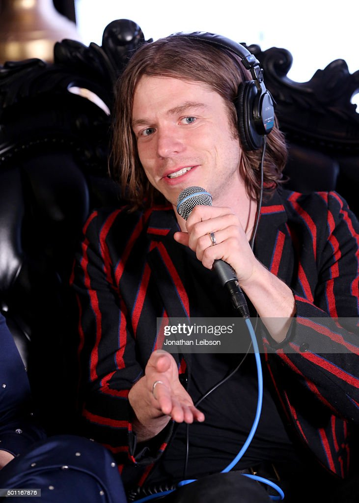 106.7 KROQ Almost Acoustic Christmas 2015 - Day 1