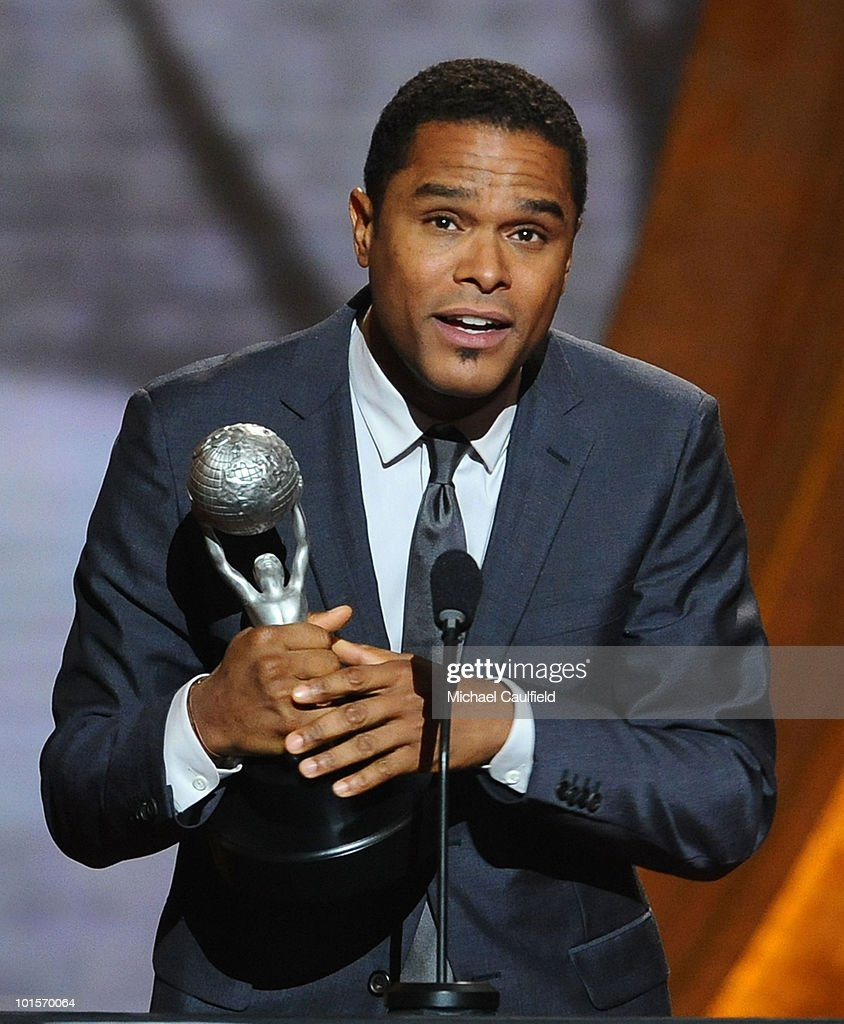 Singer Maxwell onstage during the 41st NAACP Image awards held at The Shrine Auditorium on February 26, 2010 in Los Angeles, California.
