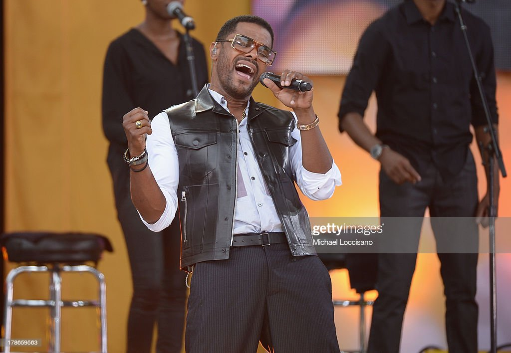 Singer Maxwell performs on ABC's 'Good Morning America' at Rumsey Playfield on August 30, 2013 in New York City.