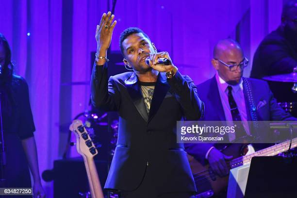 Singer Maxwell performs onstage at the PreGRAMMY Gala and Salute to Industry Icons Honoring Debra Lee at The Beverly Hilton on February 11 2017 in...