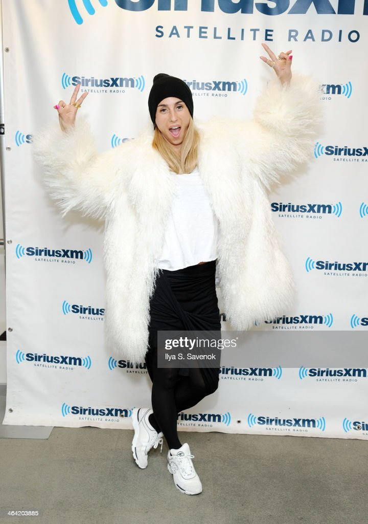 Singer Medina visits the SiriusXM Studios on January 21, 2014 in New York City.