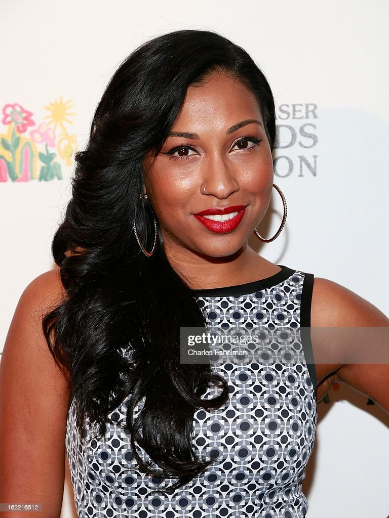 Singer Melanie Fiona attends the 2013 Elizabeth Glaser Pediatric AIDS Foundation awards dinner at Mandarin Oriental Hotel on February 20, 2013 in New York City.