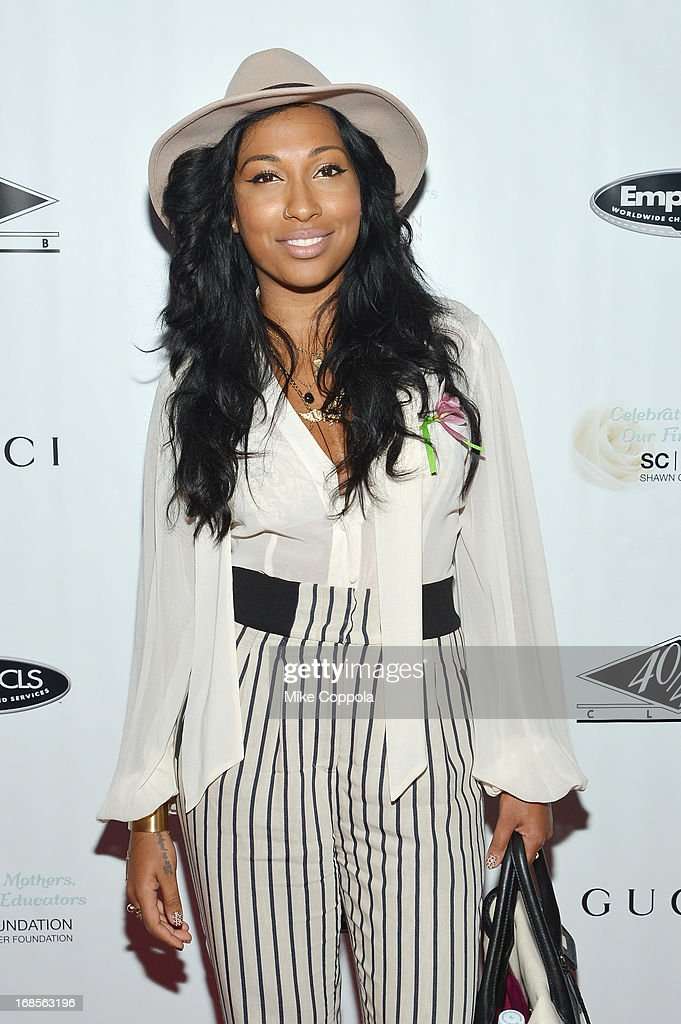 Singer <a gi-track='captionPersonalityLinkClicked' href=/galleries/search?phrase=Melanie+Fiona&family=editorial&specificpeople=5543211 ng-click='$event.stopPropagation()'>Melanie Fiona</a> attends the Shawn Carter Foundation's Mother's Day event 'Celebrating Mothers, Our First Educators' at 40 / 40 Club on May 11, 2013 in New York City.