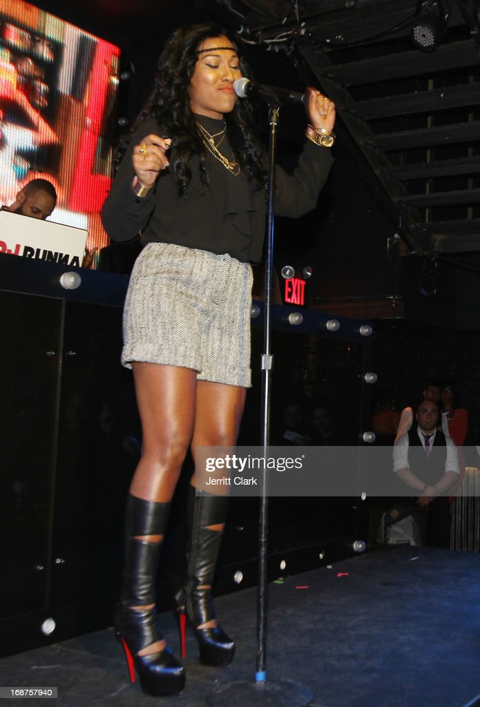 Singer Melanie Fiona performs at the Bronx Charter School for the Arts 2013 art auction at Marquee on May 14, 2013 in New York City.