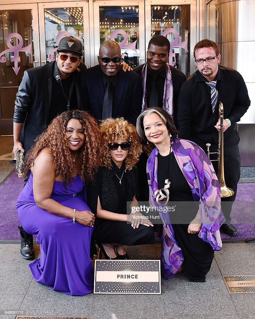 Prince Inducted Into Apollo Walk Of Fame