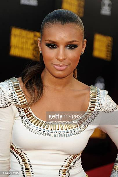 Singer Melody Thornton arrives at the 2009 American Music Awards at Nokia Theatre LA Live on November 22 2009 in Los Angeles California